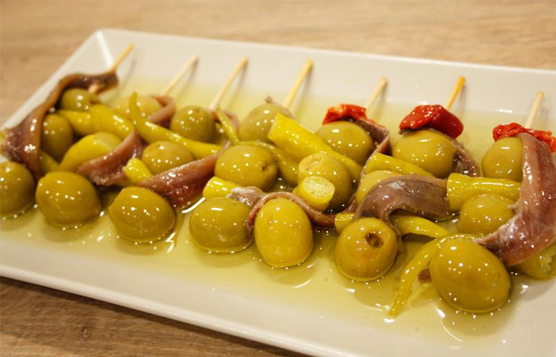 gildas-picantes-piparra-anchoilla-plato